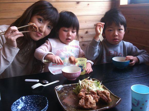 周東町のらあめん彩龍は家族で楽しめます。