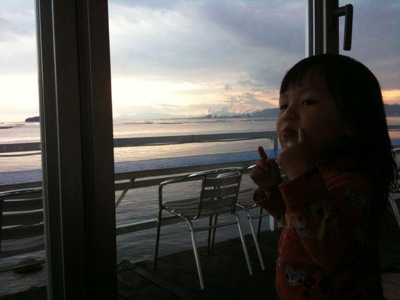 ZIZOにて家族で食事しました。