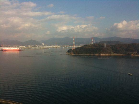 宇品島の広島プリンスホテル23階ラウンドからの眺め