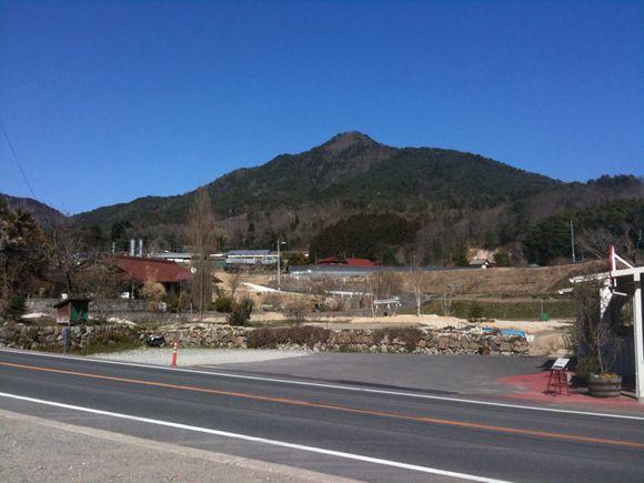空口ママのみるく工房を発見し立ち寄ると広島テレビの広島発!夢の通り道の取材に遭遇。