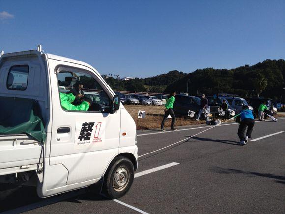 周防大島まるかじり2011にて世界初!軽トラック引きこと軽1グランプリ開催中!!