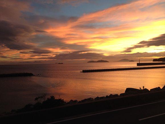 おはよう!周防大島。四国から明ける朝です。盆明Reスタート!