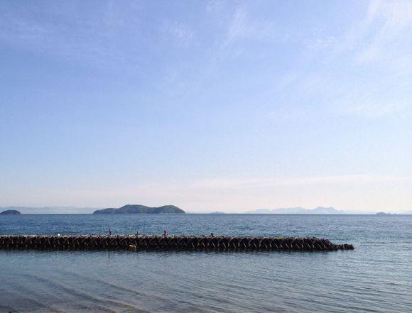 わが家のダイニングデッキから眺める瀬戸内海の朝