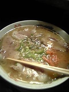 西鉄バスセンター向かいのチャーシュー麺!